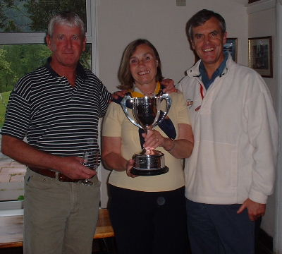 Winners Scott Beattie and John Somerville with Bobbie Middleton