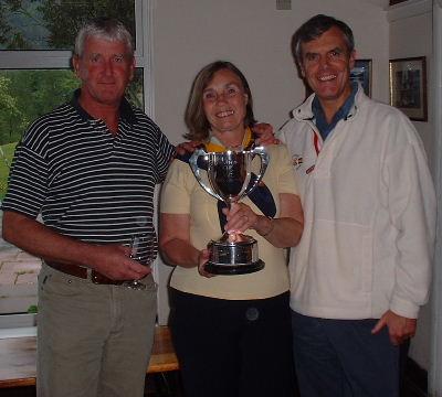 Winners Scott Beattie and John Somerville with Bobbie Middleton